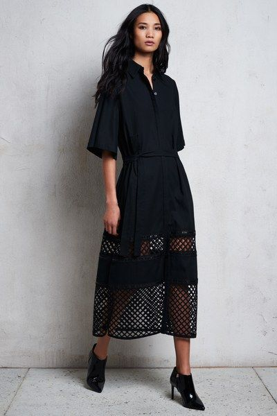 See the complete Kimora Lee Simmons Pre-Fall 2017 collection.