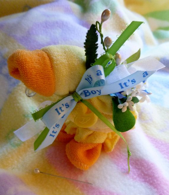 Quackers Washcloth Duck in Yellow...Mom to Be