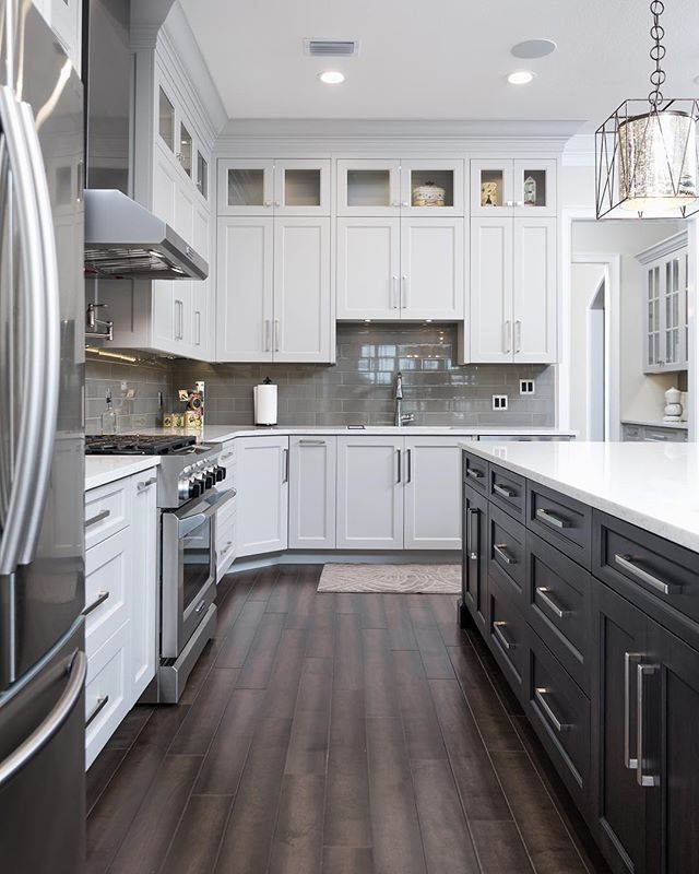 Best Shaker Cabinets For A White Kitchen With Black Accents 640 x 480