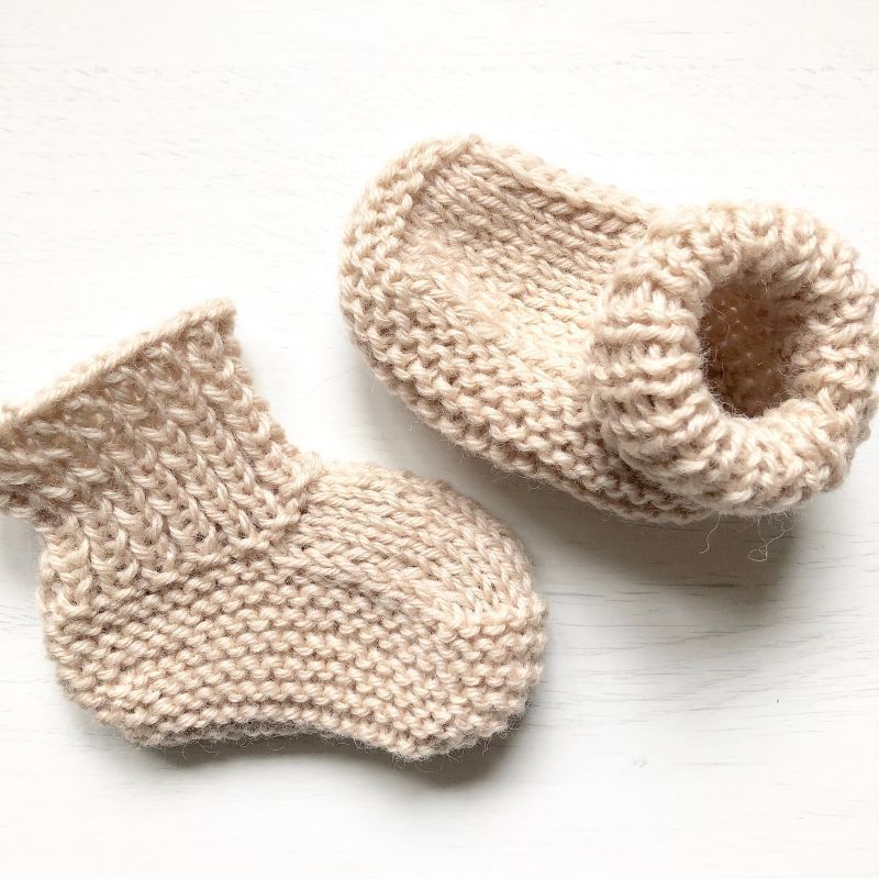 Quick and Easy Knitted Baby Booties