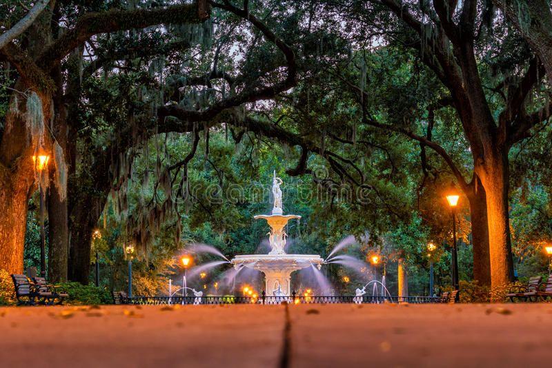 Famous Historic Forsyth Fountain In Savannah Georgia Usa Ad Forsyth Historic Famous Fountain Usa Ad Fountain Savannah Chat Exterior