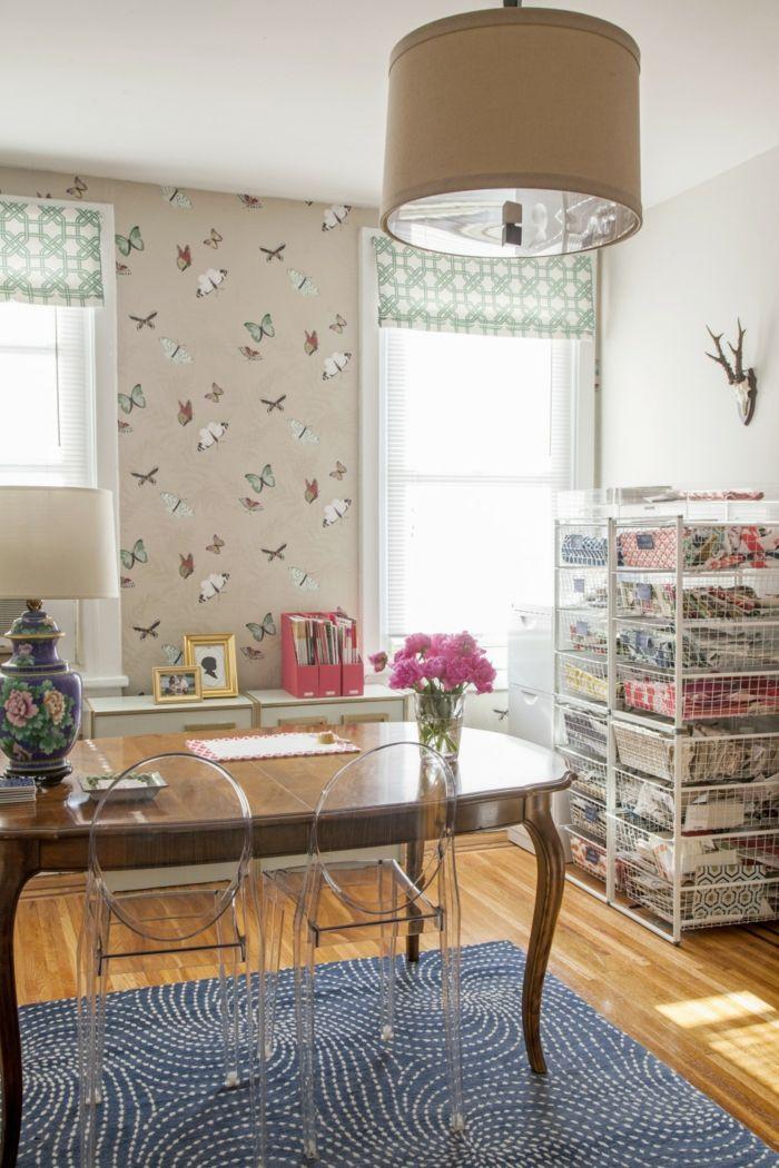 tapetenmuster schmetterlinge esszimmer teppich transparente stühle - moderne tapeten fr schlafzimmer