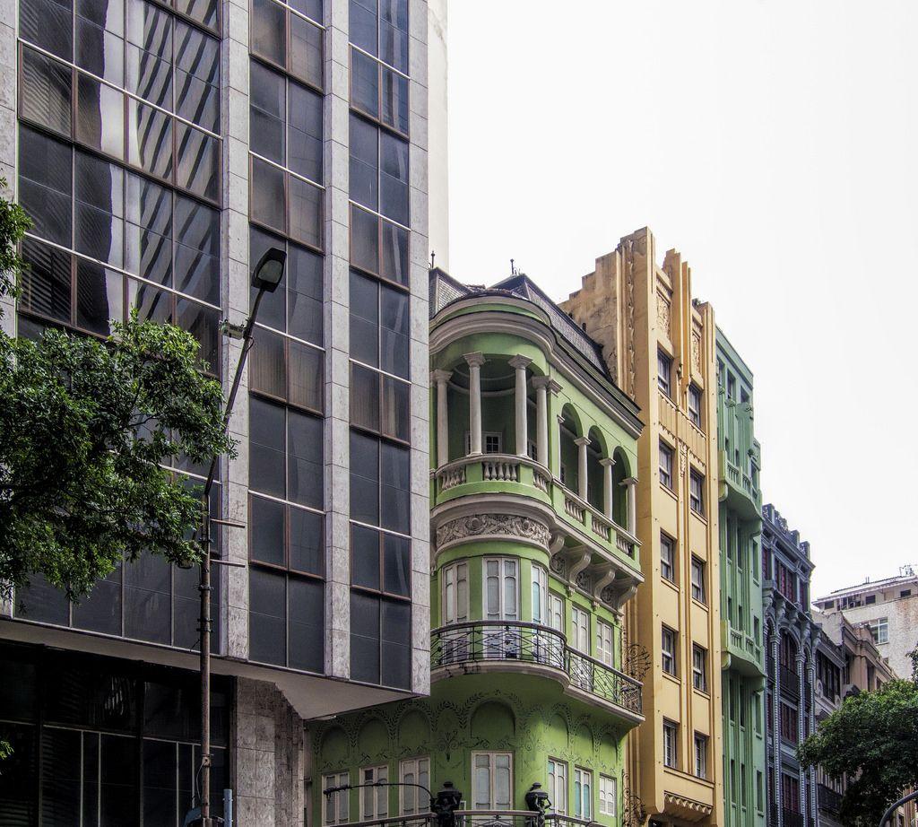 https://flic.kr/p/HS3zRb | Centro da Cidade | Rio de Janeiro, Brasil. Tenha um excelente dia! :-)  ____________________________________________  Downtown  Rio de Janeiro, Brazil. Have a great day! :-)  _____________________________________________  Buy my photos at / Compre minhas fotos na Getty Images  To direct contact me / Para me contactar diretamente: lmsmartins@msn.com