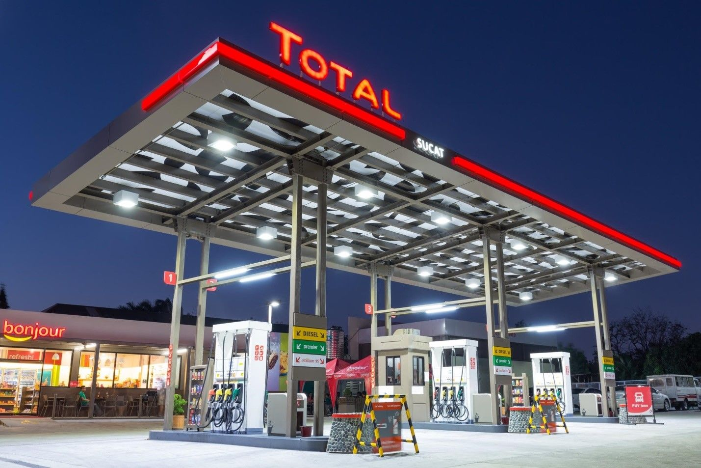 Global Energy Giant to Solar Power 282 Service Stations in
