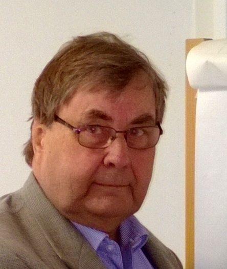 """""""Laakeri-Centerin henkilökunnan vahva laakerituntemus ja osaaminen mahdollistaa asiakkaiden opastamisen myös vaativissa erikoissovellutuksissa."""", sanoo yhtiön toimitusjohtaja Rolf Wickman. Lue artikkeli, jossa toimitusjohtaja kertoo lisää yhtiöstä ja avoinna olevista työpaikoista. http://arvorekrytointi.raukola.fi/artikkelit/oy-laakeri-center-ab-rekrytoi-myynnin-ammattilainen-nakee-mahdollisuudet-ja-etsii-ratkaisut"""