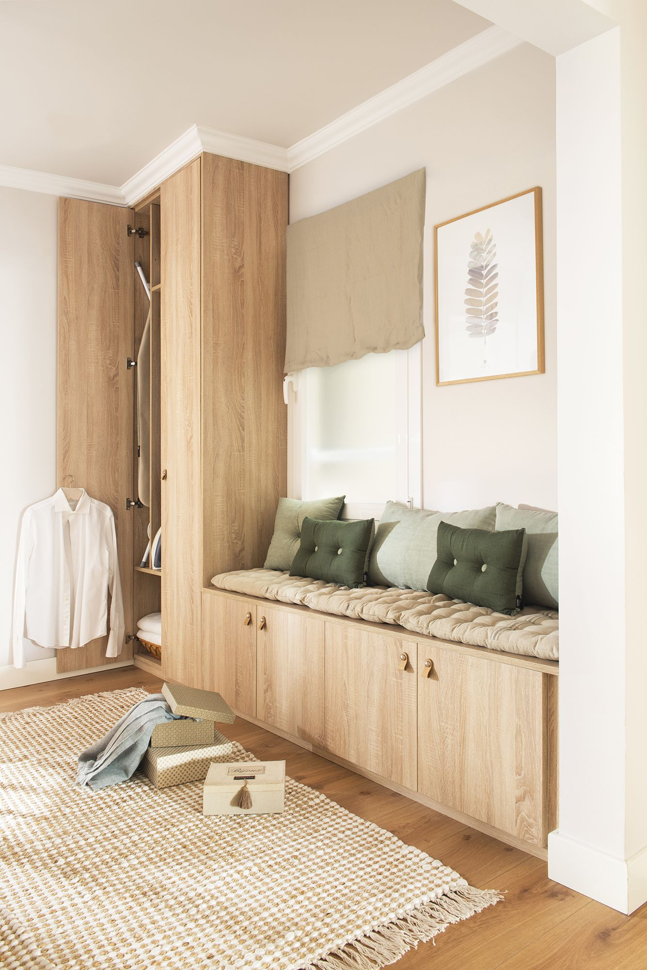 Un planchador sin plancha en 2019 deco pinterest for Armario de pared con entrada equipada