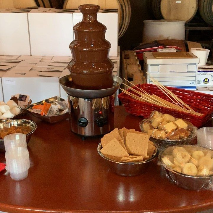 Come on over and join us for our fundraiser for @heartsforsd and promoting our upcoming event 5th annual'BowWow Beer Bash' on Oct. 27th @missionbrewery . Big thanks to @negociantwinery for hosting us! #fundraiser #charityevent #localcharity #heartsforsd #negociantwinery #chocolate #fountain #poundcake #strawberrys #pretzelsticks #bananas #caramel #forcommunitybycommunity #spreadthelove