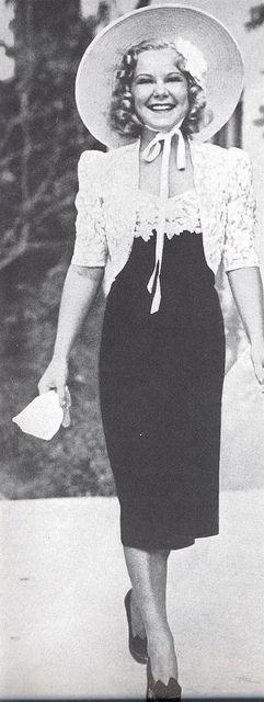Sonja Henie ready for an afternoon engagement in 1938 | da Silverbluestar