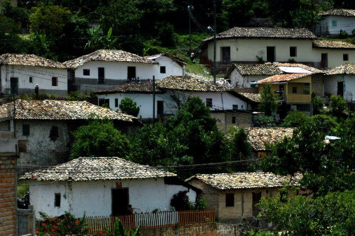 Housing Of Honduras There Is A Strong Colonial Influence In Many Cities Honduras Central America Honduran
