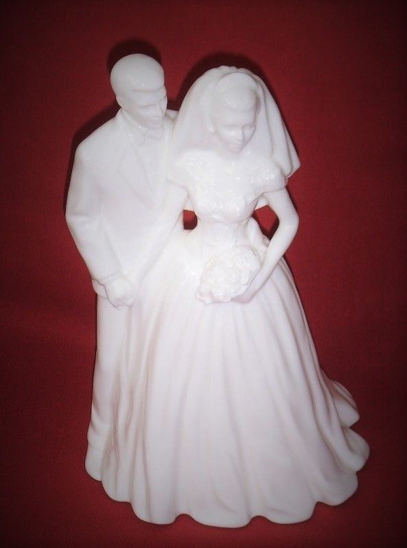 COALPORT Bone China  SPECIAL OCCASIONS ~ WEDDING DAY  GLOSS FIGURINE~PERFECT