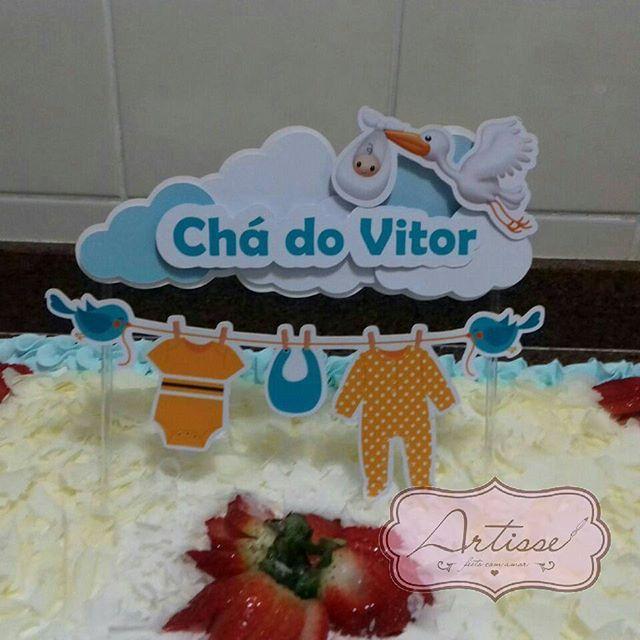 Topo de bolo!!  Cake Topper  Chá de bebê bolo @lidiaserem   #artisse #caketoper #topodebolo #decoracao #chadebebe #bolo #caketopper #menino #menino #cegonha #nascimento #bebe #festa