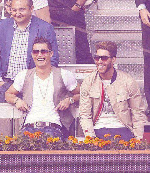 Cristiano Ronaldo & Sergio Ramos #bromance #soccer #soccerplayers #Sergioramos #cristianoronaldo #bromance #beauties