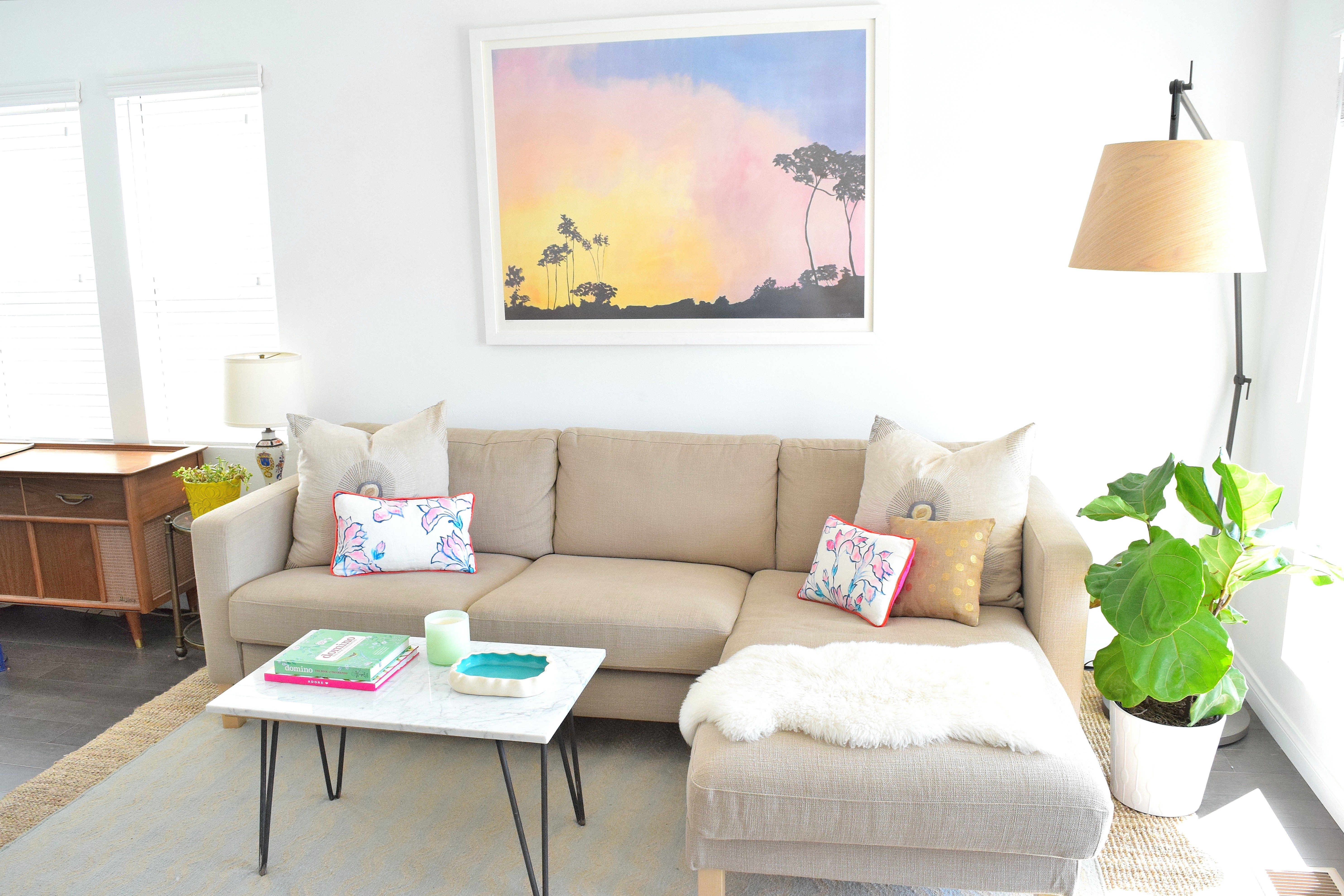 Master How To Fill Empty Corners With These Style Ideas California Bungalow Living Room Decor Corner Decor