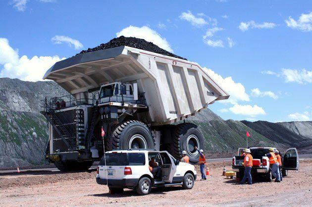 Radhe Krishna World S Largest Truck Big Trucks Trucks Dump Trucks