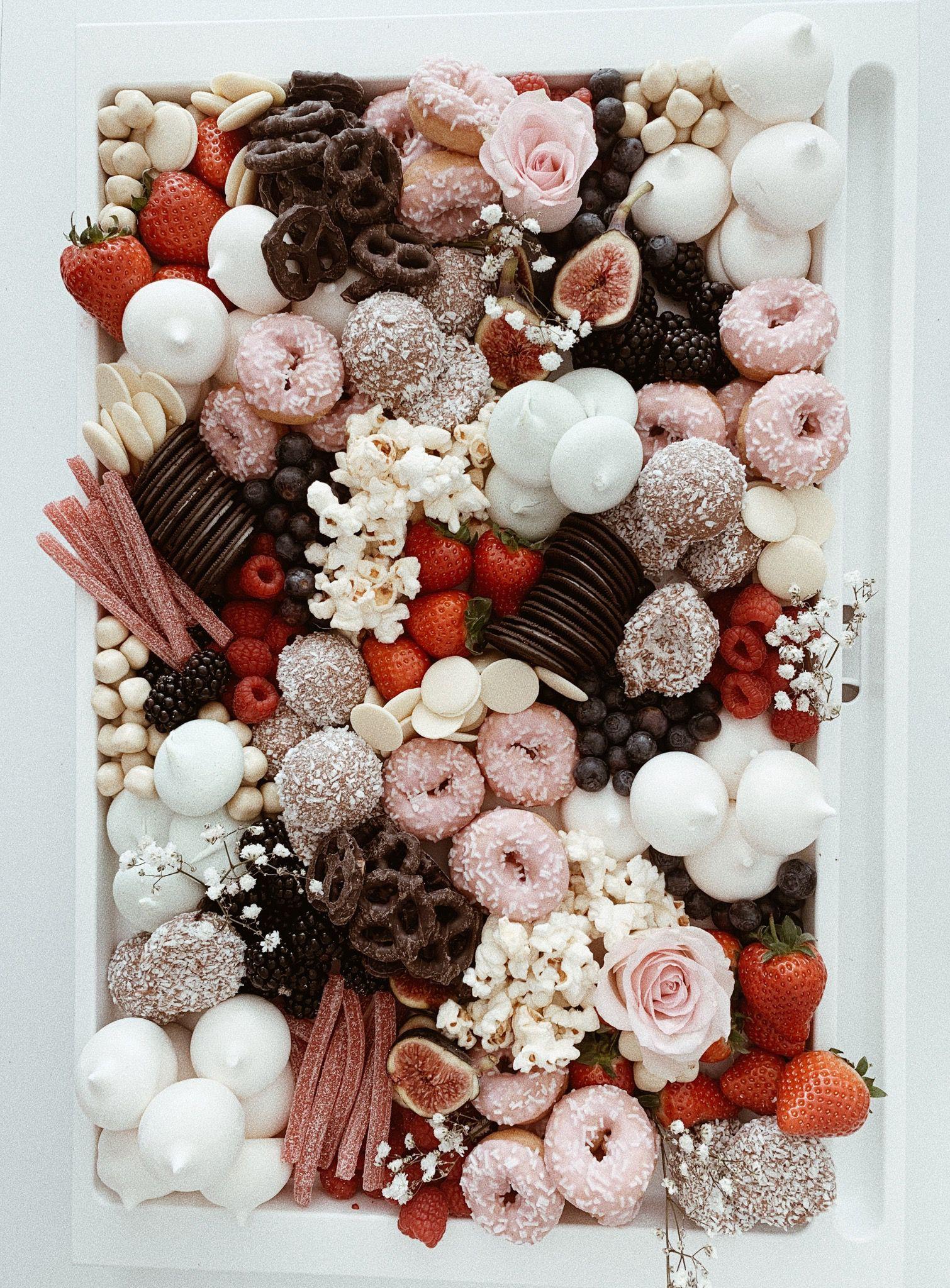 Pastel kids desserts | Party food platters, Kid desserts ...