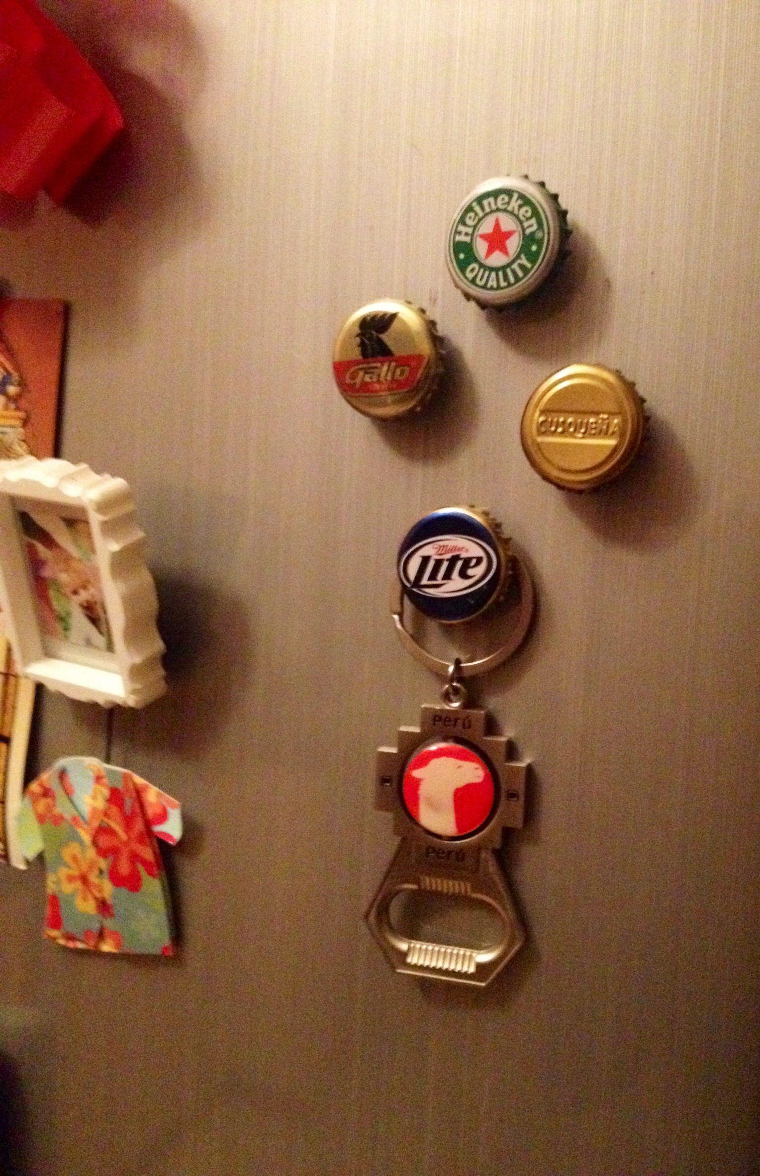 Imanes para refrigerador hechos con chapas de cerveza   D I Y ...