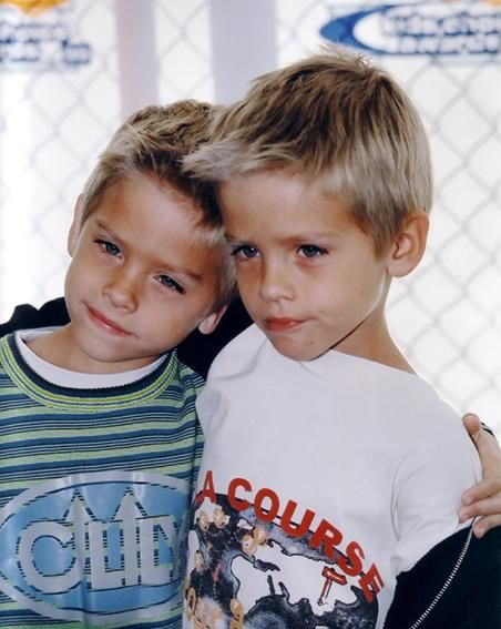 awww.. theyre so little! dylan and cole sprouse, repin if you remember them!