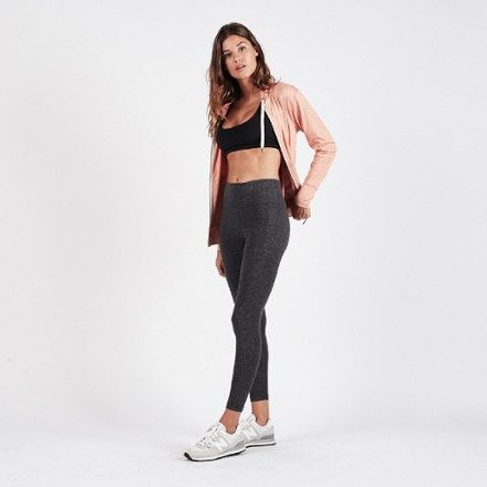 Crafted with moisture-wicking  quick-drying fabric  the women's Vuori Elevation Performance leggings take the yuck factor out of working up a sweat.