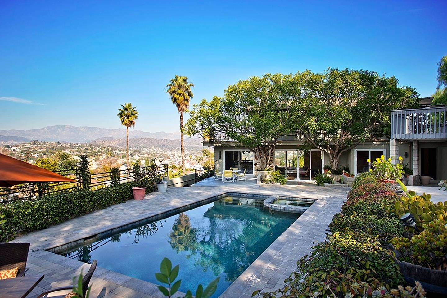 Private Pool House With Amazing Views Airbnb In Los Angeles California United
