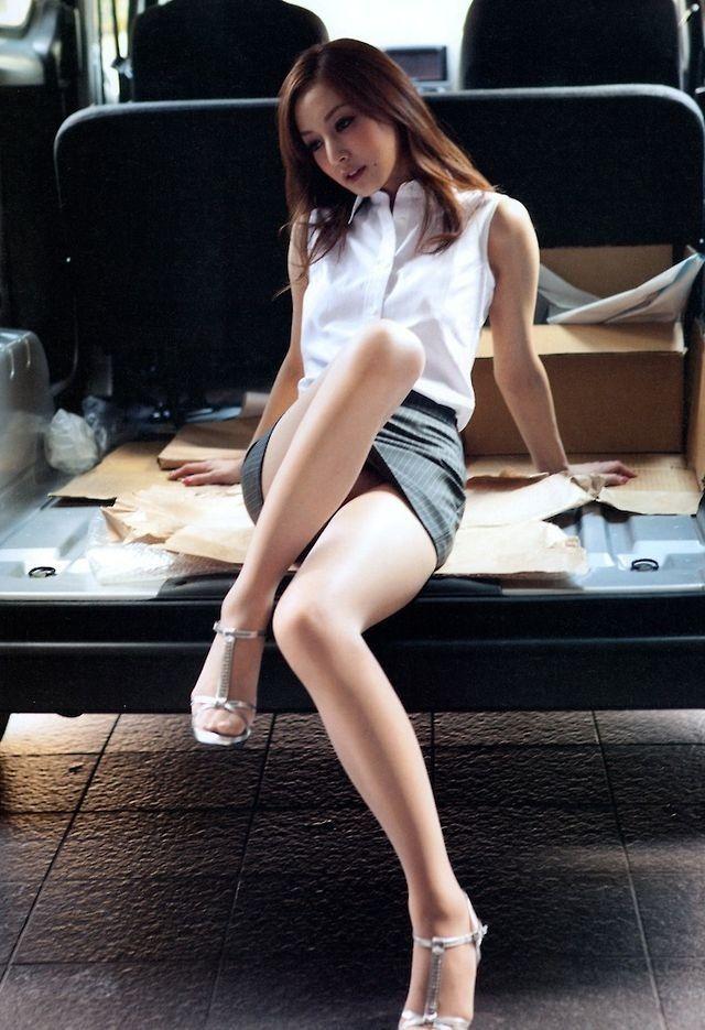 4b042d56133 Natsuki Ikeda (池田夏希) Beautiful Legs