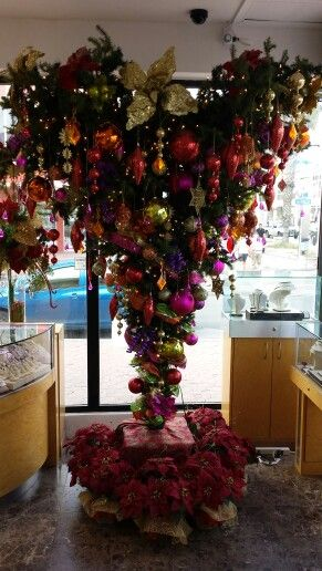Upside down Christmas tree in Aruba