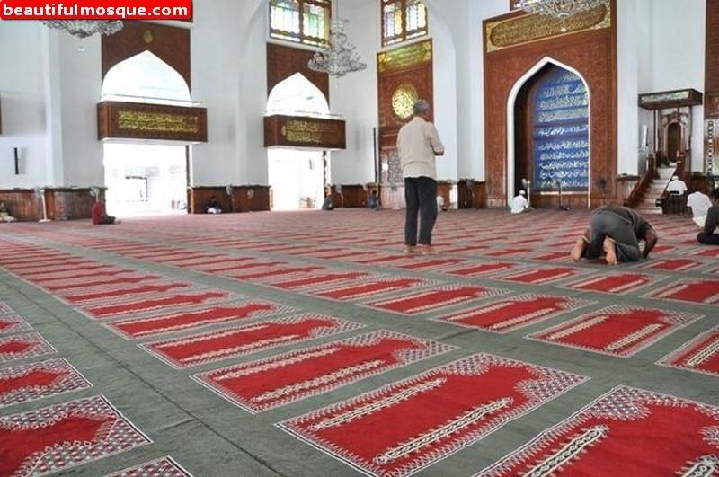 masjid-al-sultan-muhammad-thakurufaanu-al-auzam-in-male-maldives-03.jpg (800×531)