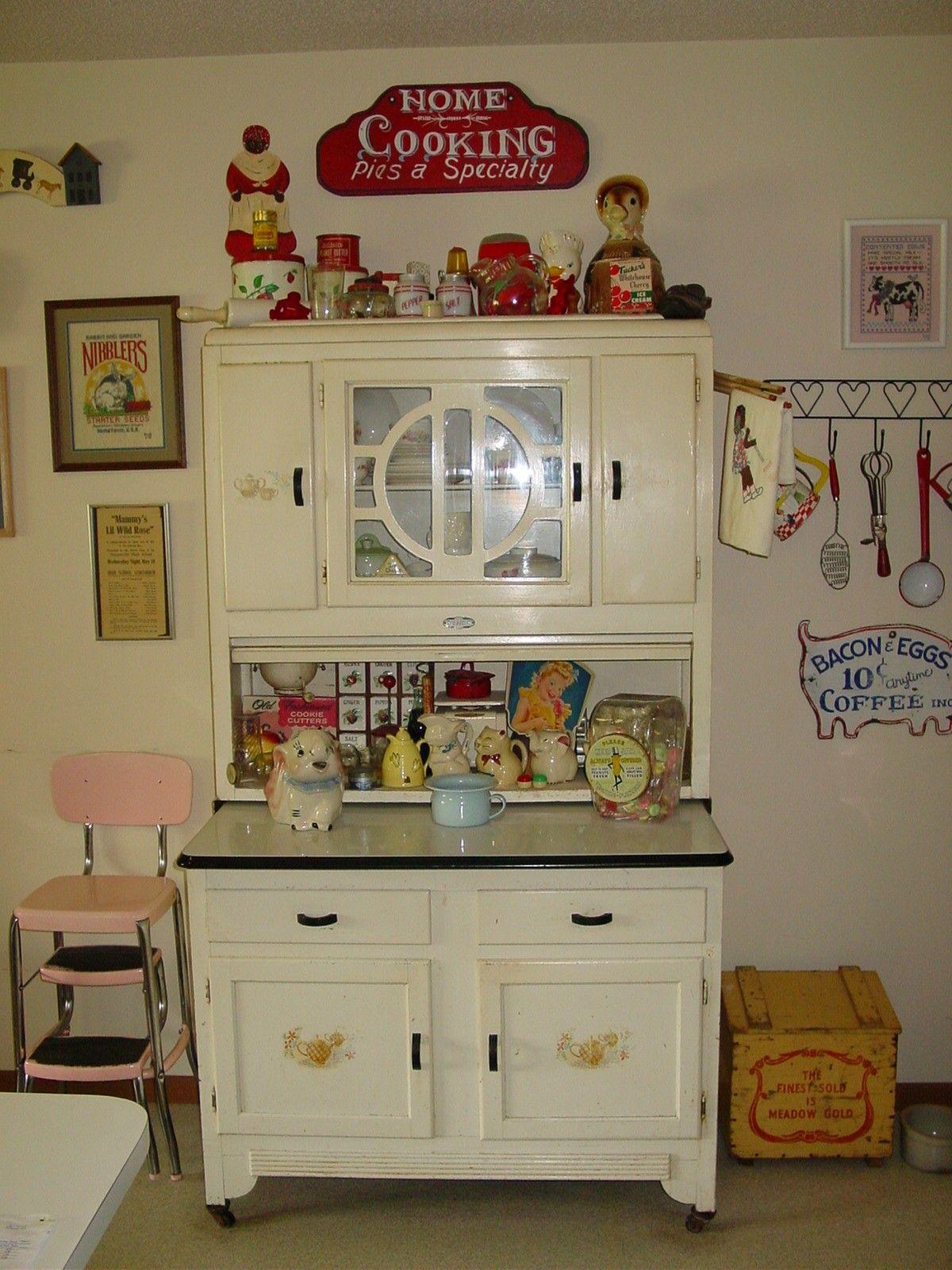 1921 Sellers kitchen cabinet. | Sellers / Hoosier cabinets ...