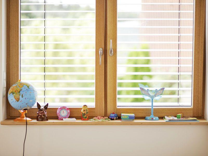 Fensterbank Kinder Spielzeug Holz Foto Www Sachsenfenster De