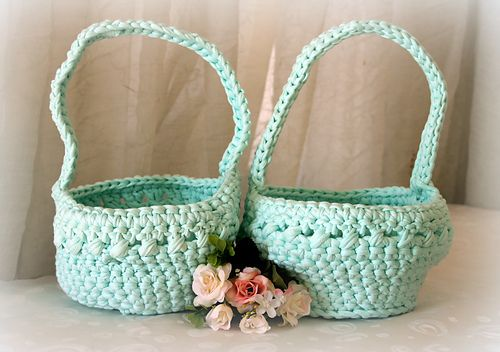 About these cute baskets work up really fast using basic stitches about these cute baskets work up really fast using basic stitches they make great easter giftholiday negle Choice Image