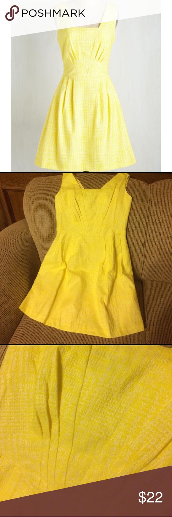 Png light yellow dresses