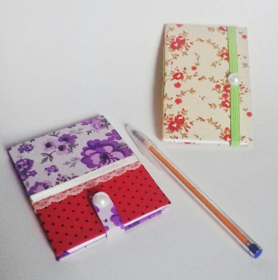 Mini cadernos e bloquinhos