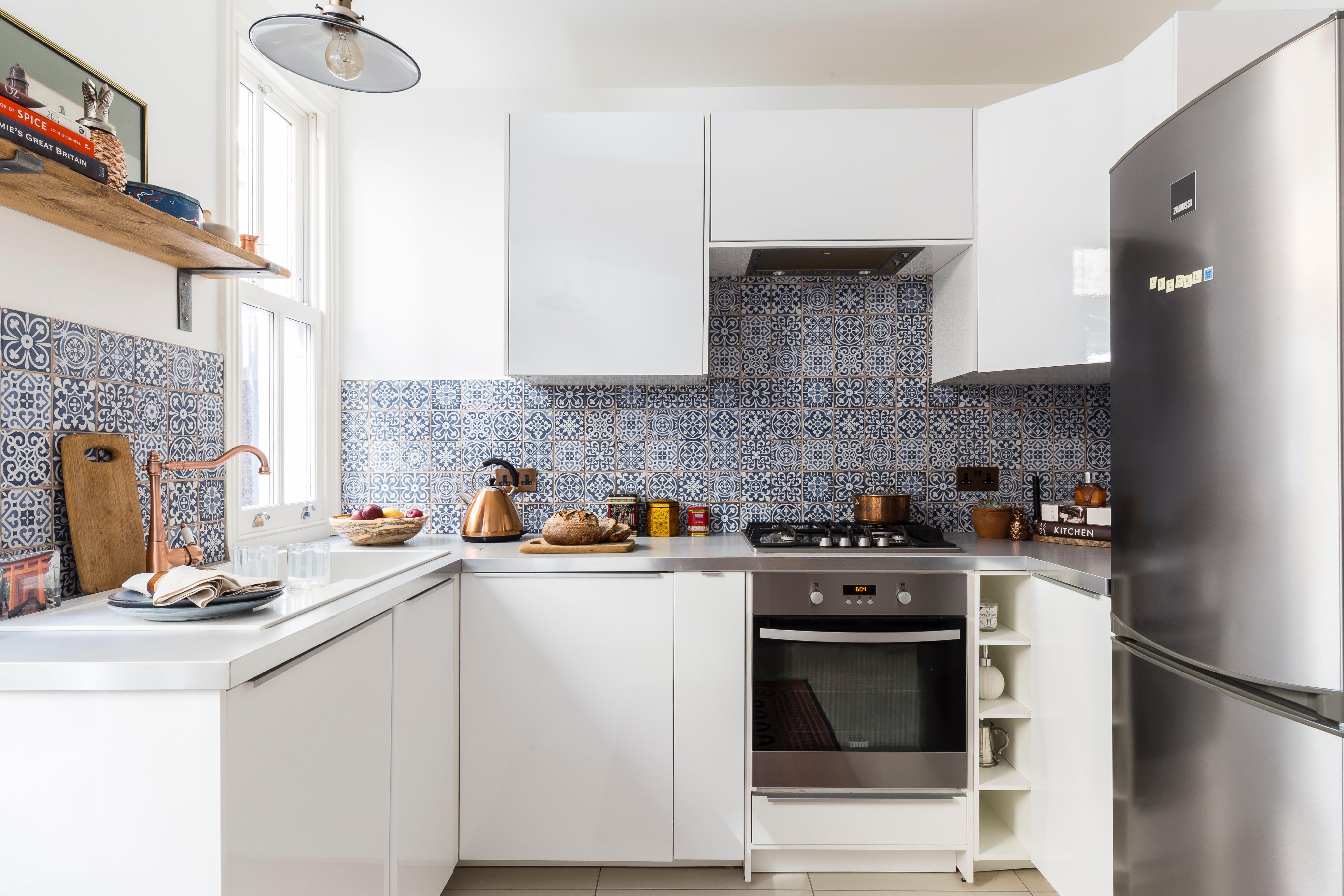 Tour a london interior designer s elegant eclectic flat kitchen