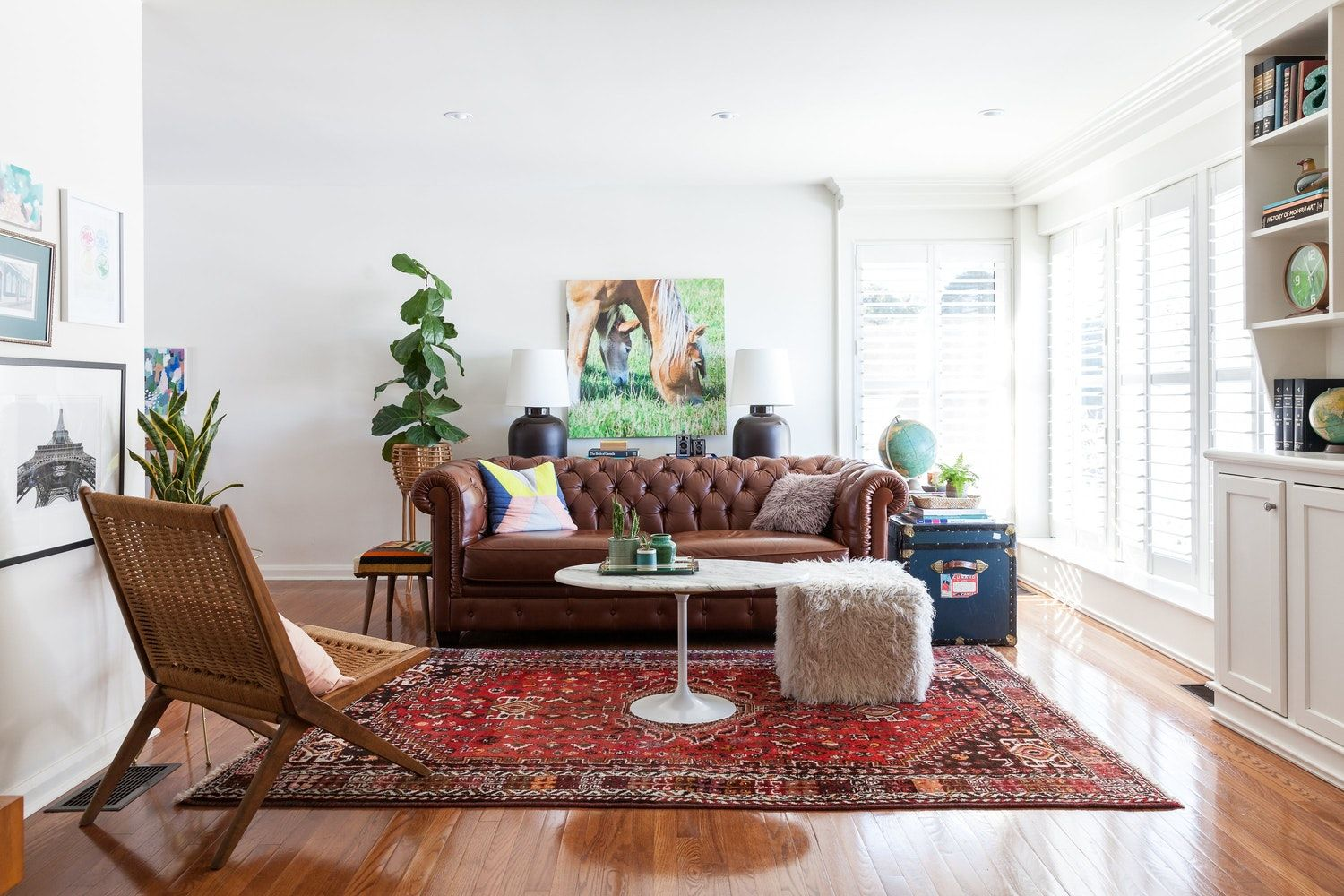 10+ Amazing Red Persian Rug Living Room