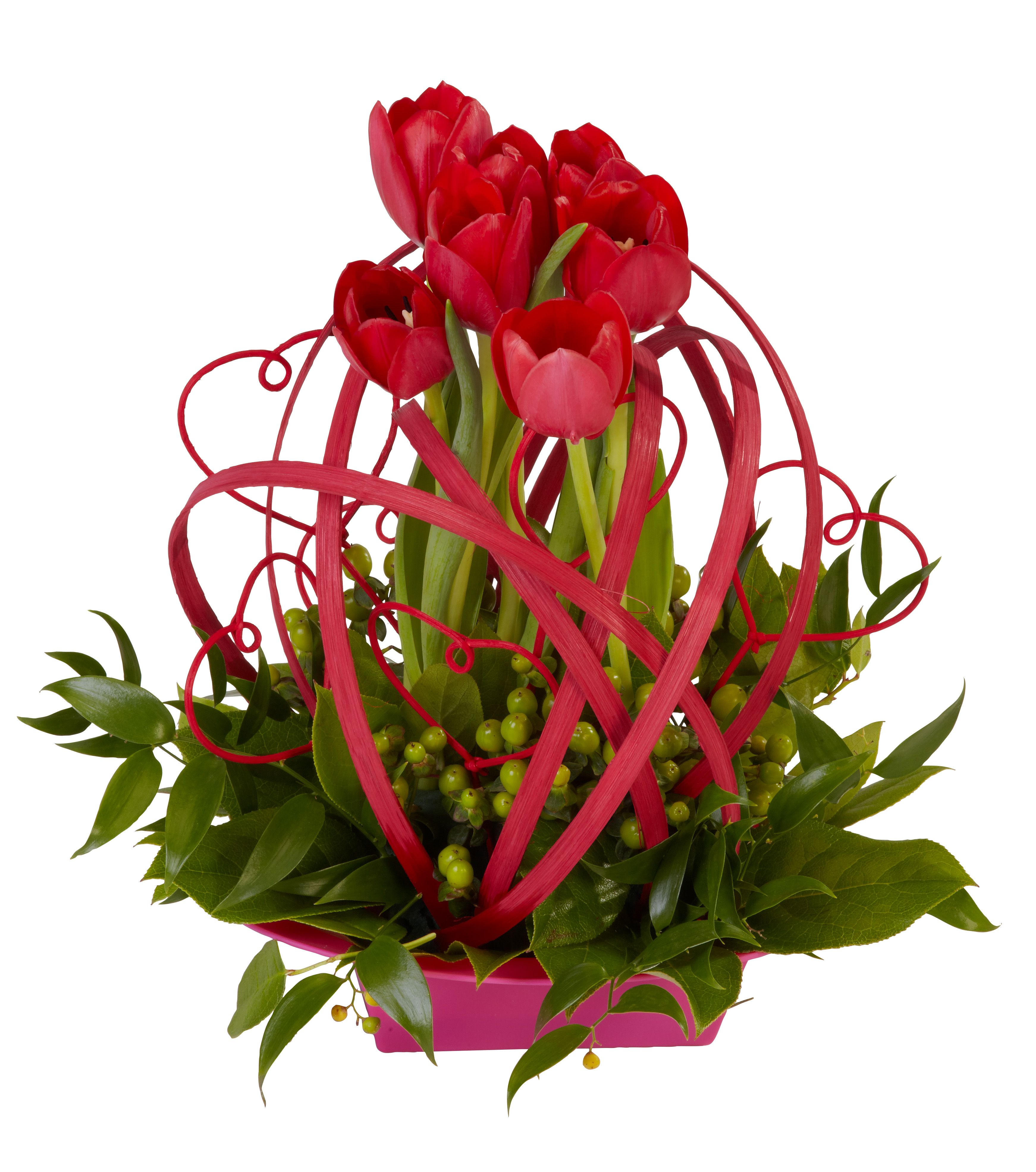 Types Of Flower Arrangement Shapes: OASIS Flat Cane And Midollino Shapes Accent This Trendy
