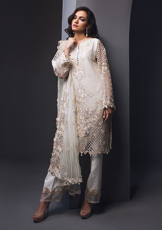 6e3a4edb5e Dress up in style this festive season with Anaya by Kiran Chaudhry, a  collaboration between popular Pakistani artist and Resham textiles.