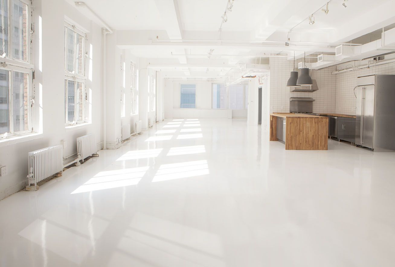 Sunny open studio loft space for product launches, corporate events, trunk shows, press events and more! Incredible modern, industrial and chic design.