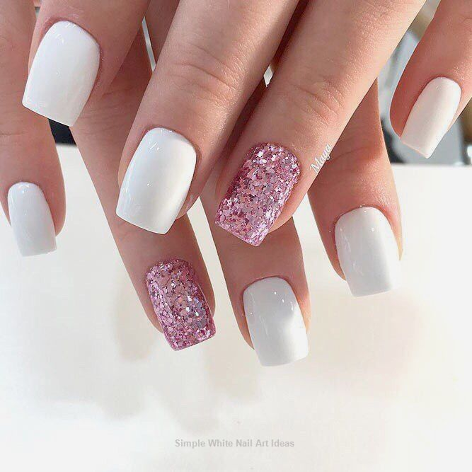 30 Simple Trending White Nail Design Ideas Trendingnail Pink Glitter Nails White Acrylic Nails Trendy Nails