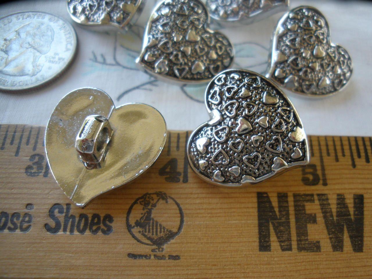 Heart Shape Plastic Buttons 24pcs