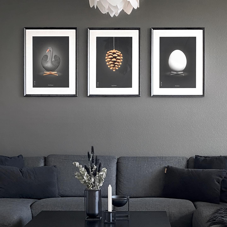 Svanen Koglen Og Aegget Med Sort Baggrund Hos Ac Interior Brainchildoriginal Danskemobelklassikere Tilbagetiloriginalen Da I 2020 Interior Design Baggrund