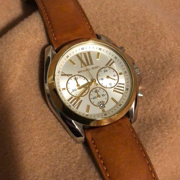8f838e4f6f74 Michael Kors Lexington Watch Authentic Michael Kors Lexington Watch. Gold  bezel and silver case