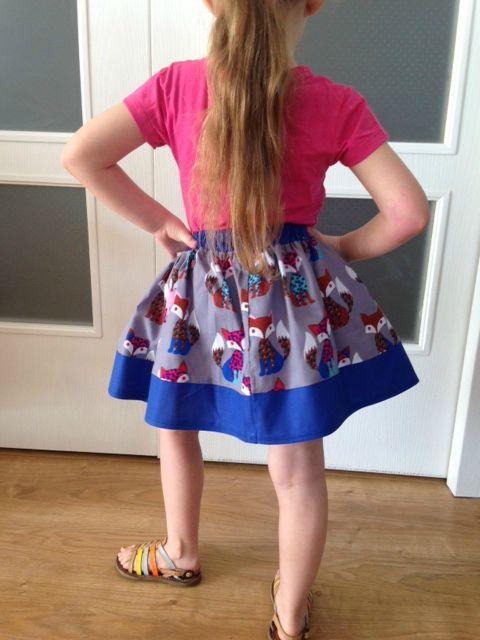 TUTO Couture facile: Une nouvelle jupe fille ultra-simple à faire…(Spécial débutantes) – Le blog de Mademoiselle Petit Pois