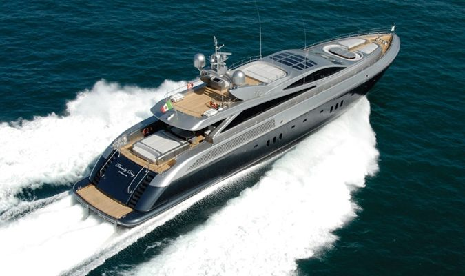 Motor Yacht FAMILY DAY (134.5 ft)