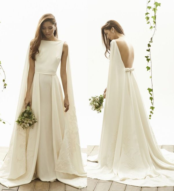 25 Sleek Wedding Dresses That Make A Modern Statement And Oozes Runway Chic Praise Wedding Sleek Wedding Dress Wedding Dresses A Line Bridal Gowns