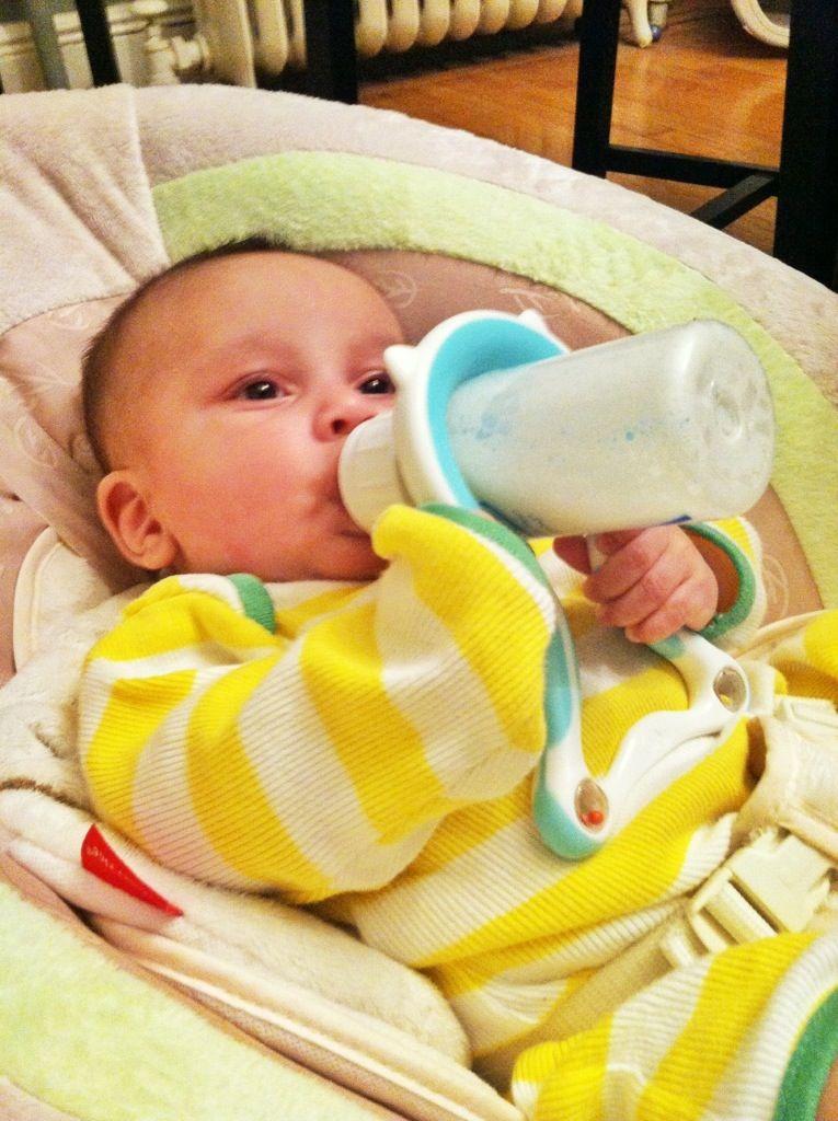 Lil helper BPA free baby bottle holder   Baby   Pinterest ...