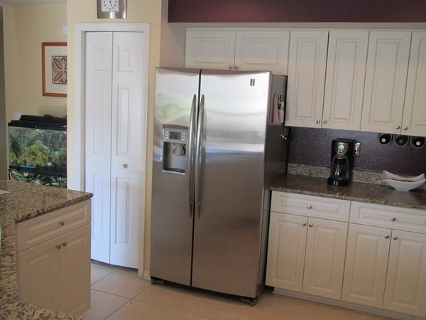 Large Side By Side Refrigerator Choosing Aspect By Side Kitchen Redo Kitchen Refrigerator Kitchen Remodel