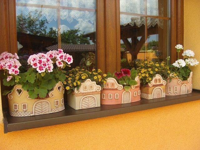 Fenster, Ton Blumentöpfe, Keramik Blumen, Ton Blumen, Mini Häuser, Keramik  Ideen, Töpfe, Modellieren, Ton