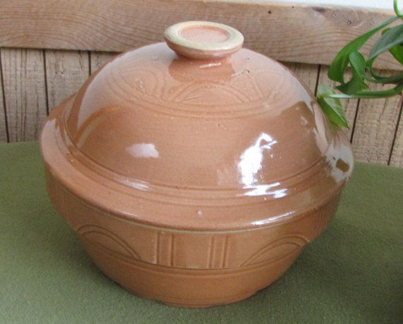 Watt Pottery Ovenware Casserole Covered Terra by LazyYVintage 1930s. http://www.etsy.com/shop/LazyYVintage