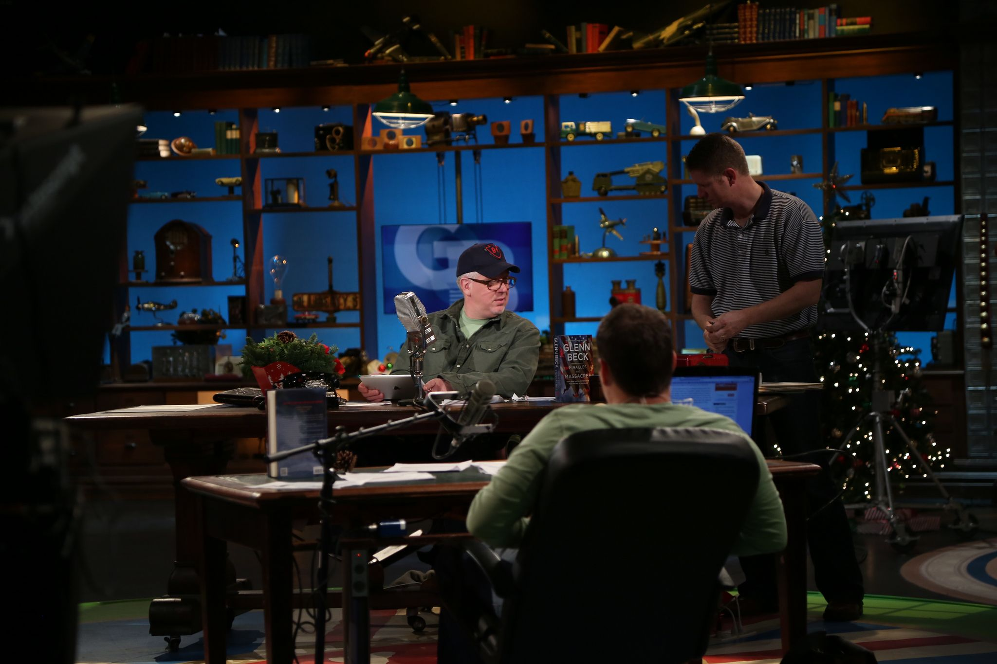 Glenn beck theblaze behind the scenes scenes scene