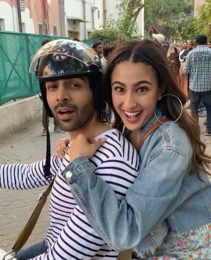 Pin By Janat Khan On Kartik Aaryan Bollywood Celebrities Bollywood Couples Sara Ali Khan