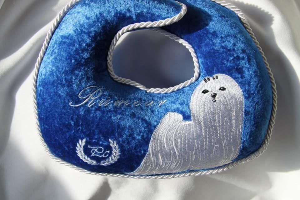 Pillow top knot TK106 Knot pillow, Puppy grooming, Top knot